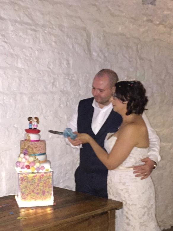 Wedding Cake Original Light Box Cut the Cake Cute East Riddlesden